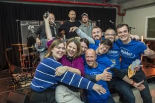 Personeel ontbijtgranenfabriek krijgt dagje Studio Brussel over de vloer dankzij enkele slimme collega's