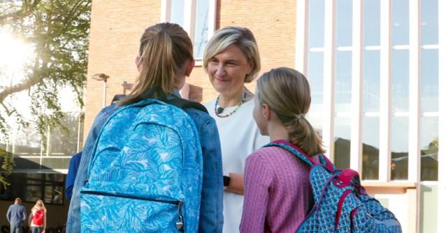 Kinderbegeleider stelt plan minister Crevits in vraag