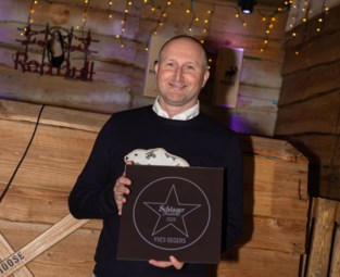 Yves Segers kreeg Schlagerfestivalster op Walk of Fame in Hasselt