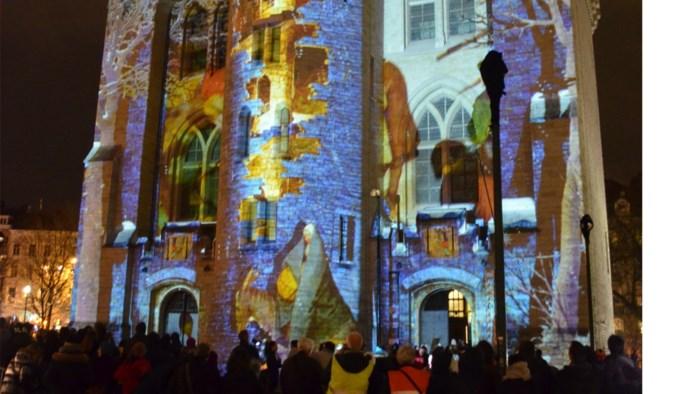 Ook Hallepoort licht op tijdens lichtfestival