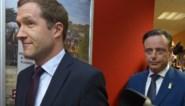 Crisis in Wetstraat krijgt communautaire smaak: nieuwe verkiezingen dreigen een referendum over België te worden
