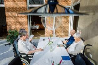"""Co-housende bejaarden geboycot door Vlaamse overheid wegens 'overaanbod rusthuizen': """"Waarmee bemoeien ze zich?"""""""