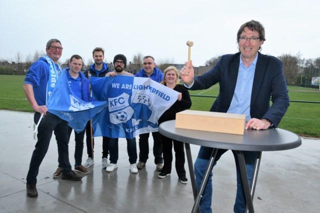 Eerste spelersveiling KFC Lichtervelde is een ludiek en leuk initiatief ten voordele van goed doel