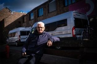 Opa Theo moet vakantieplannen wijzigen voor kleindochter: niet naar Frankrijk, maar twee weken in mobilhome kamperen aan school