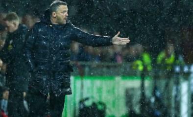 """Gewezen Anderlecht-trainer John van den Brom gaat door het lint: """"Als ik meerdere keren voor dikke lul word uitgescholden..."""""""