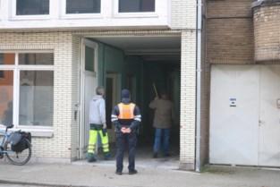 """Grote cannabisplantage ontdekt in oude breifabriek: """"Nu weten we eindelijk wat er zich achter die deuren afspeelde"""""""