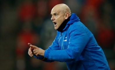 """Oostende is doodziek, maar coach Dennis Van Wijk weigert om te veel naar Cercle Brugge te kijken: """"Ik heb enkel mijn ploeg in de hand"""""""