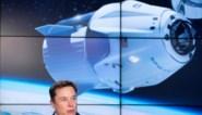 """Elon Musk biedt """"tickets naar de ruimte"""" aan"""