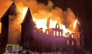 Kasteel van Dongelberg staat in brand