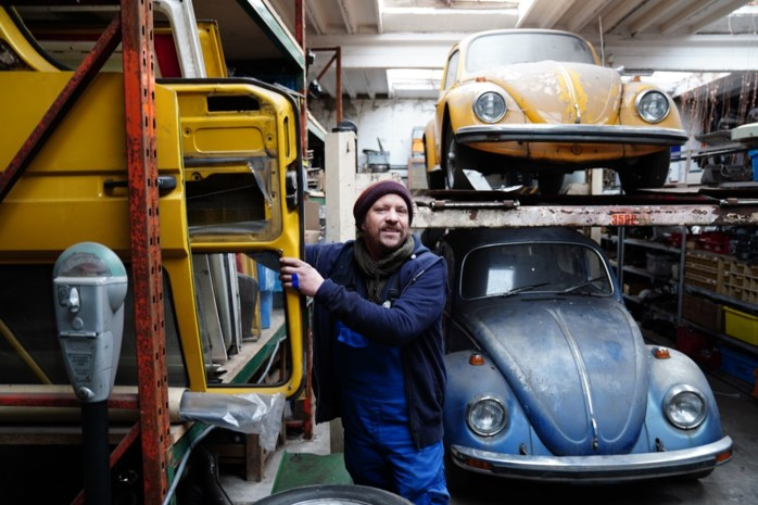 """Garagist Pieter (40) uit 'Gentbrugge' is pro LEZ maar heeft toch hartzeer: """"Kan voor de auto's uit mijn jeugd' echt geen uitzondering"""""""