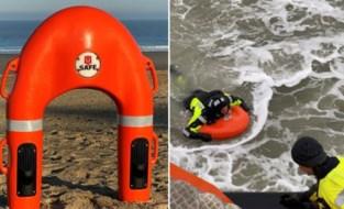 """Kust test reddingsboei die zelf naar je toe zwemt: """"Zo moeten redders hun leven niet riskeren"""""""