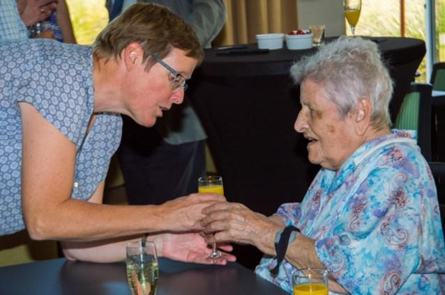 "Onvervalste ""Thé Dansant"" voor 600 vrijwilligers uit de ouderenzorg"