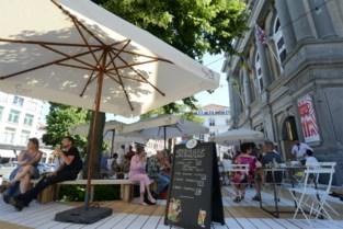 """Populair pop-upcafé krijgt geen vervolg: """"Onvrede bij lokale horeca over het grote terras"""""""