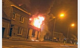 Brand in bordeel op Chaussée d'Amour was aangestoken