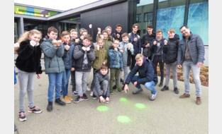Bilzen lanceert actie: vier stippen en een vuist tegen pesten