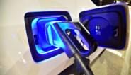 China overweegt subsidies voor elektrische wagens te verlengen na afnemende verkoop