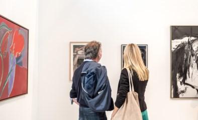 Brussels Gallery Weekend start met stadswandelingen en eerste bezoekers worden beloond met gratis biertje