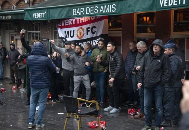 Veel ambiance, geen problemen: Engelse supporters hielden zich koest na wedstrijd tegen Club
