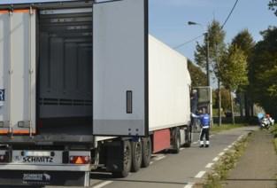 """Beloofde trajectcontrole blijft voorlopig uit: """"De camera's komen er, maar enkel om vrachtwagens te controleren"""""""