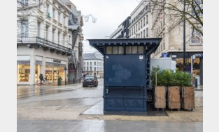 Stad zoekt nieuwe uitbater voor iconische blauwe kiosk op de Kouter