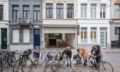 """Parkeergarages eensklaps 50 procent duurder: """"Dat ze dit doen onder het mom van een dienst voor de gemeenschap maakt me kwaad"""
