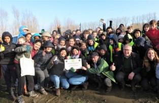 Leerlingen Virgo Sapiens zijn voortaan peters en meters van de natuur in Bos van Aa