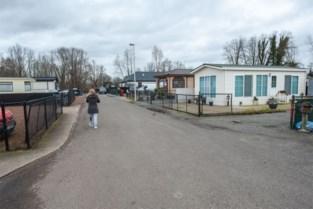 """Felle kritiek tegen sluiting woonwagenpark: """"We worden onmenselijk behandeld, als een stuk vuil"""""""