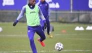 Waarom Anderlecht het contract van toptalent Doku maar met één jaar kon verlengen