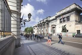Dali en Magritte lokken recordaantal van 195.133 bezoekers