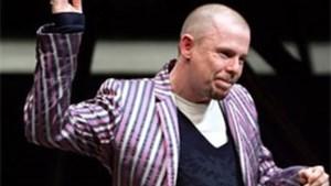 Tien jaar na zijn door: privécollectie Alexander McQueen onder de hamer