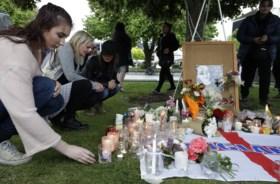 """Moordenaar rugzaktoeriste Grace Millane veroordeeld tot levenslang in """"proces van het jaar"""" in Nieuw-Zeeland"""