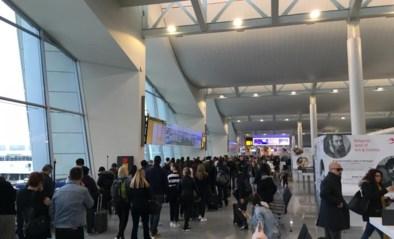 Stiptheidsacties Brussels Airport: lange wachtrijen voor vertrekkende vluchten buiten Schengen-zone