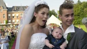 """Kelly Pfaff over het geheim van haar huwelijk: """"Sam daagt me fysiek en mentaal uit"""""""