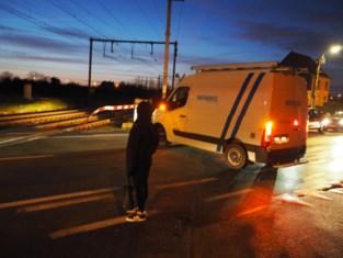 Hinder voor spoor- en wegverkeer door twee ongevallen aan overweg
