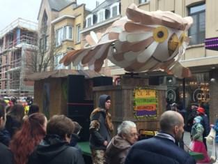 Feestbrouwers mee in Tiense carnavalstoet