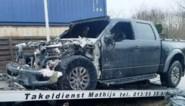 Jeep brandt helemaal uit