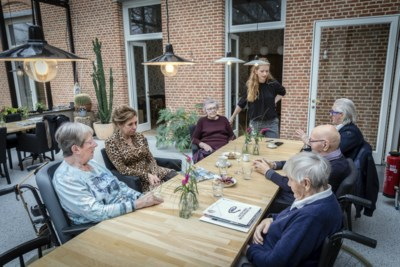 """""""We wonen samen net omdat we niét naar een rusthuis willen"""", toch dreigen bewoners van Villa De Proost uit hun huis gezet te worden"""