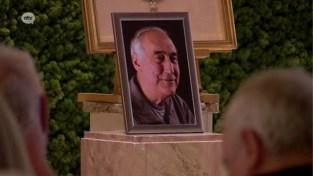 """Pieter Loridon neemt afscheid van papa John """"Alles regelde hij, zelfs zijn begrafenis. Wij hebben niks moeten doen"""""""