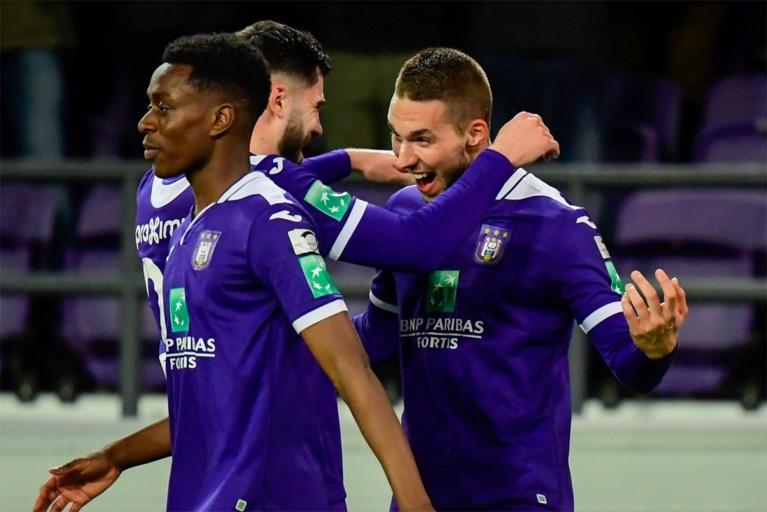 Feest in het Astridpark: Anderlecht haalt ouderwets uit tegen Eupen en mag blijven dromen van Play-off 1