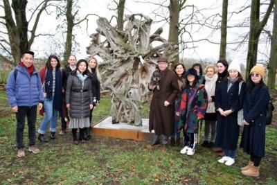 """Bloemenkunstenaar Daniël Ost opent zijn eigen academie: """"Ik word 65, het is tijd om mijn kennis door te geven"""""""