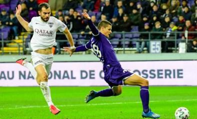 Jordi Amat (Eupen) riskeert een speeldag schorsing na rood in Anderlecht