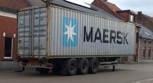 Container met 76 kubieke meter hulpgoederen vertrekt naar Afrika