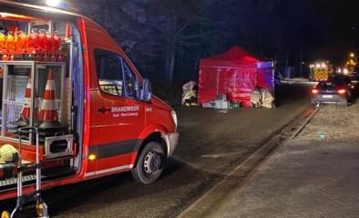 """Doorbraak in bizarre aanrijding aan opvangcentrum: """"Gevluchte"""" doodrijder van jonge asielzoekster speelde eerst nog voor getuige"""
