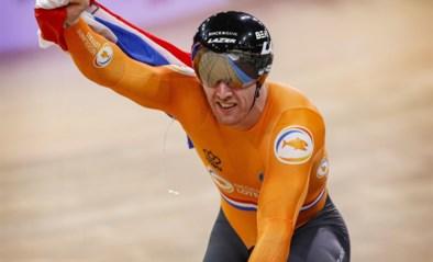 Nederlanders doen in finale nog een hap van wereldrecord teamsprint, Kirsten Wild haalt haar derde wereldtitel scratch