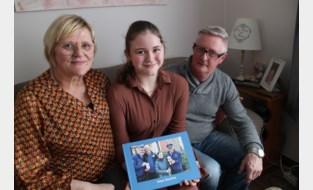 Weken hing haar leven aan een zijden draadje, nu gaat grote droom van Sharline (14) in vervulling: meespelen in 'De buurtpolitie'