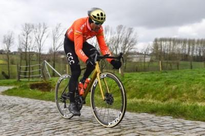 """Wordt regenweer de boeman voor Greg Van Avermaet in de Omloop Het Nieuwsblad? """"Dit is meer iets voor Tim Wellens, Wout Van Aert of Dylan Teuns"""""""