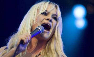 """Massale steun voor zangeres Duffy na getuigenis over dagenlange ontvoering en verkrachting: """"Dit is een krachtig statement"""""""