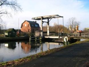 Gezocht: redder om oude woning van brugwachter te verbouwen tot koffiehuis of B&B voor fietsers en wandelaars