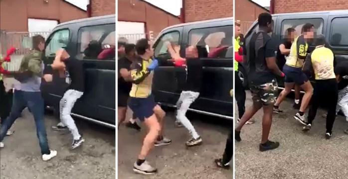 Tientallen hooligans moeten zich verantwoorden voor 'freefights' tegen rivaliserende supporters, maar betwisten dat die illegaal zijn