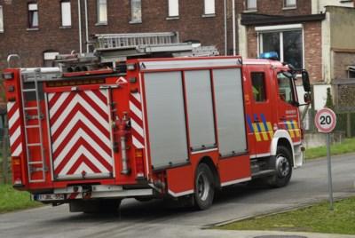 Bewoners vluchten tijdig weg bij brand in appartementsgebouw